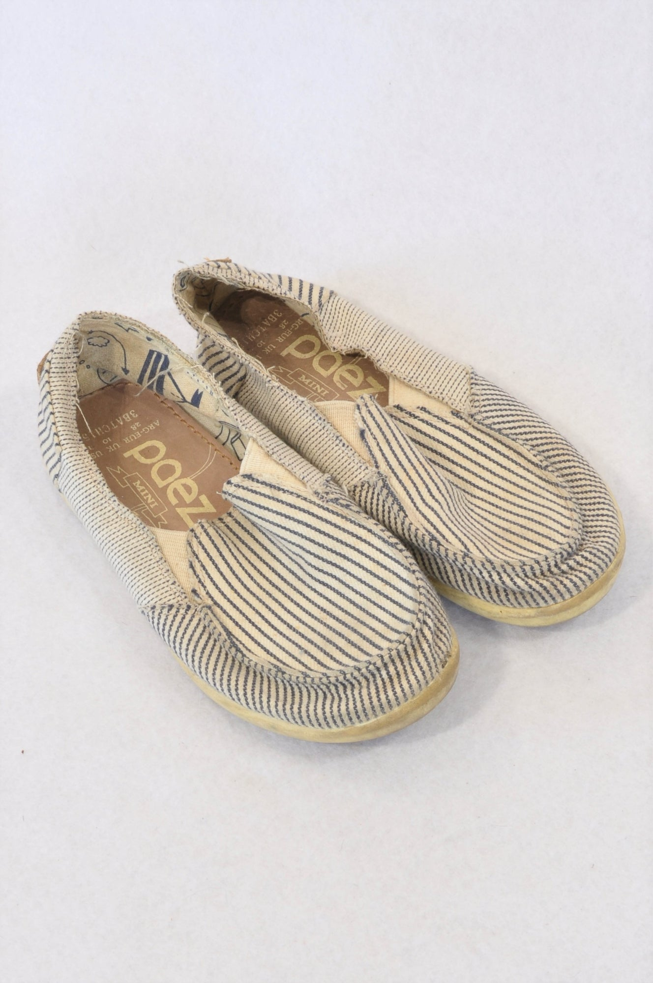 Paez Size 10 Cream & Navy Stripe Espadrille Shoes Unisex 4-5 years