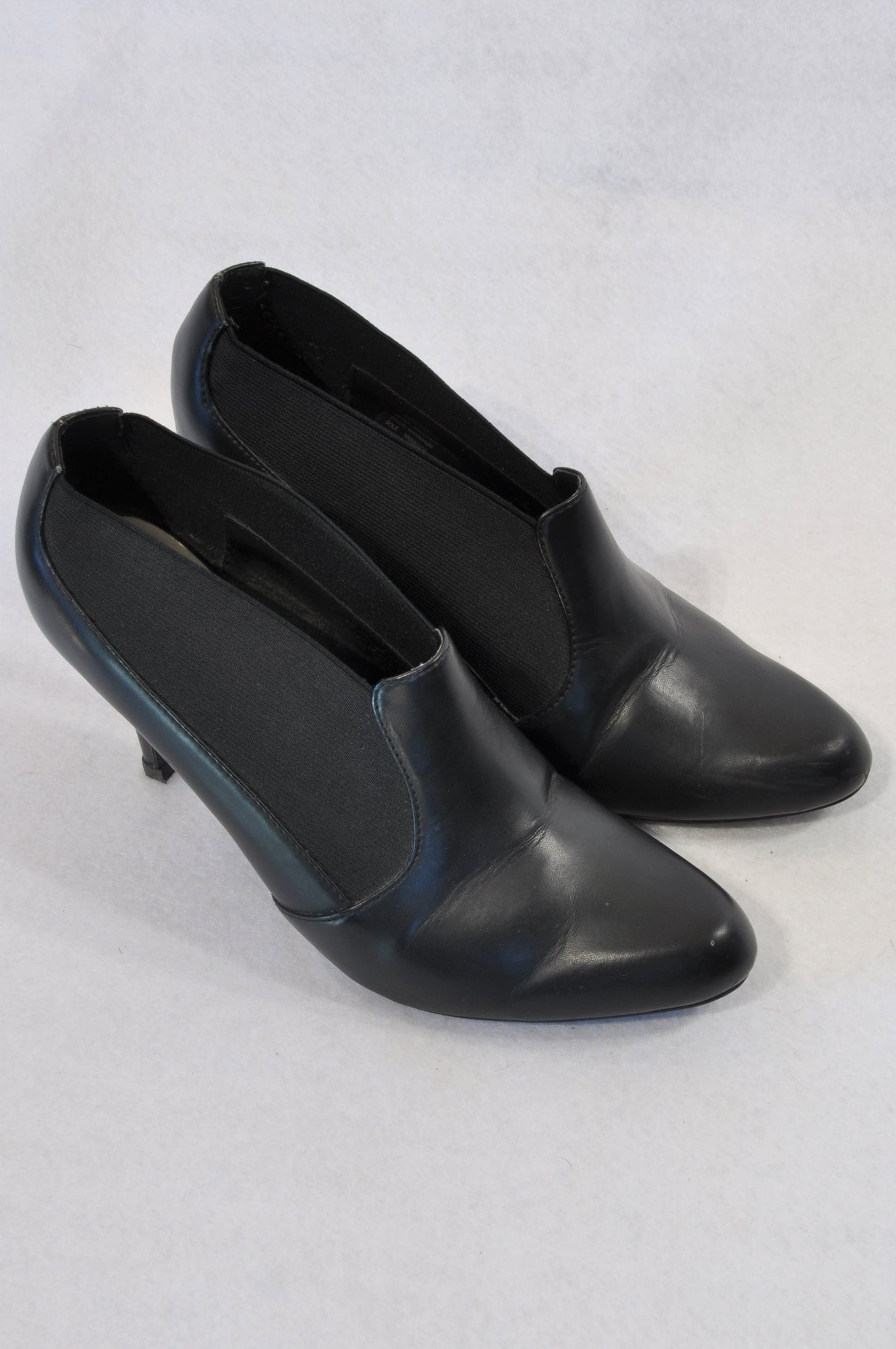 thoughts on good quality huge inventory Woolworths Black Kitten Heel Gusset Boots Women Size 5 – Once More