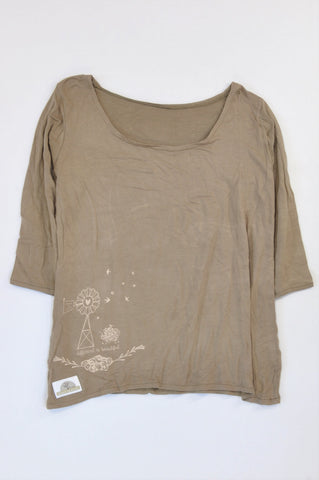 Down To Earth Brown Windmill Different Is Beautiful T-shirt Women Size M