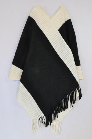 Woolworths Black & White Knit Tassel Trim Poncho Jersey Women One Size