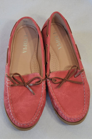 New Uthopia Coral Leather Tie Shoes Women Size 6