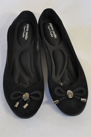 New Pierre Cardin Black Bow Button Shoes Women Size 6