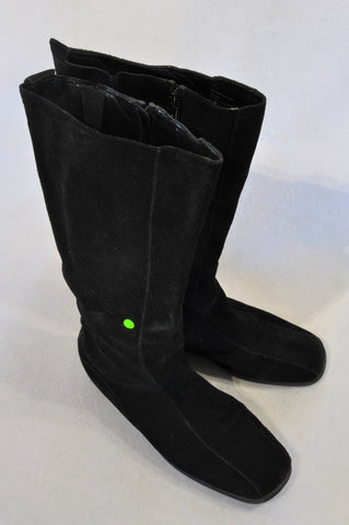 Aerosoles Black Velour Zipper Boots Women Size 7