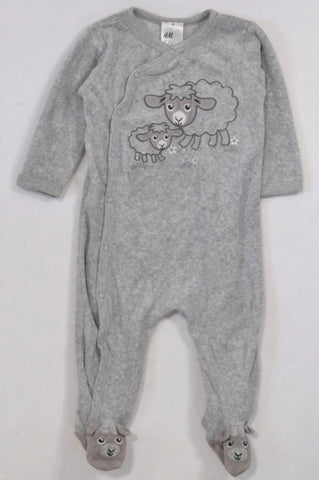 H&M Grey Heathered Sheep Onesie Unisex 4-6 months