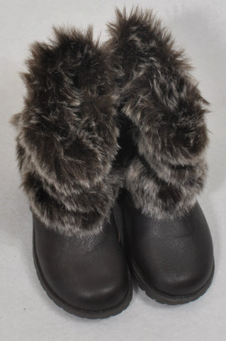 dbe306e09899 New Woolworths Size 4 Faux Fur Brown Boots Girls 12-18 months