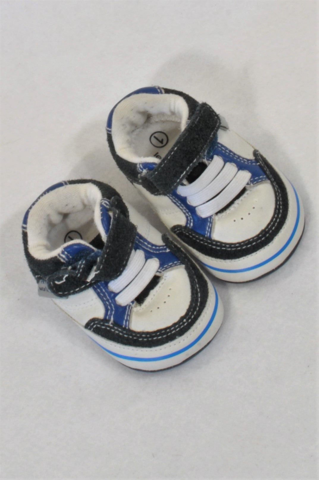 Woolworths Size 1 Grey & Blue Strap Takkie Shoes Boys 3-6 months