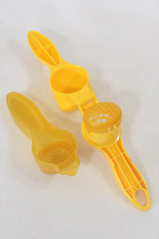 Yellow Food Masher Accessory Unisex 6-18 months
