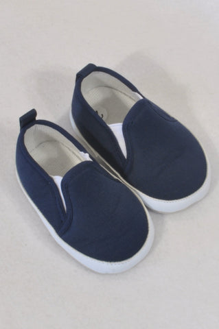 Size 2 Navy Slip On Soft Soled Shoes Boys 6-9 months