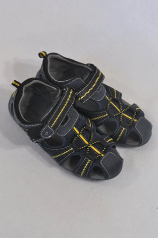 Bronx Youth Size 1 Yellow & Charcoal Sandals Boys 6-7 years