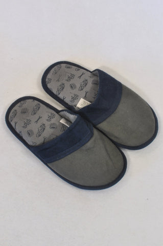 Woolworths Size 13 Grey & Blue Slippers Boys 6-7 years