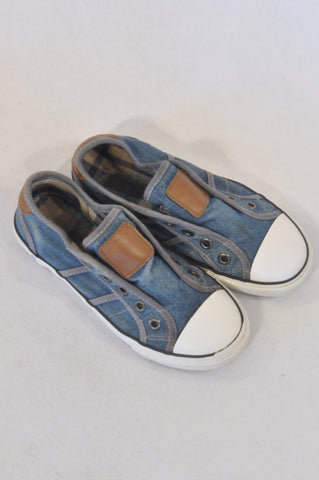 Woolworths Size 13 Denim Slip On Sneaker Shoes Boys 6-7 years