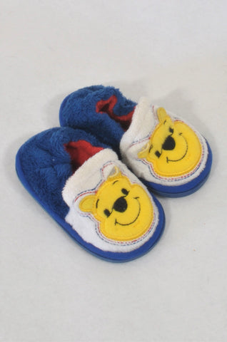 Disney Size 2 Pooh Bear Slippers Girls 6-9 months