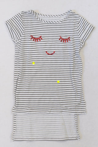 Woolworths Black & White Stripe Sequin Smiley T-shirt Girls 6-7 years