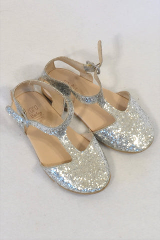 Zara Size 5 Silver Sparkle Buckle Shoes Girls 18-24 months