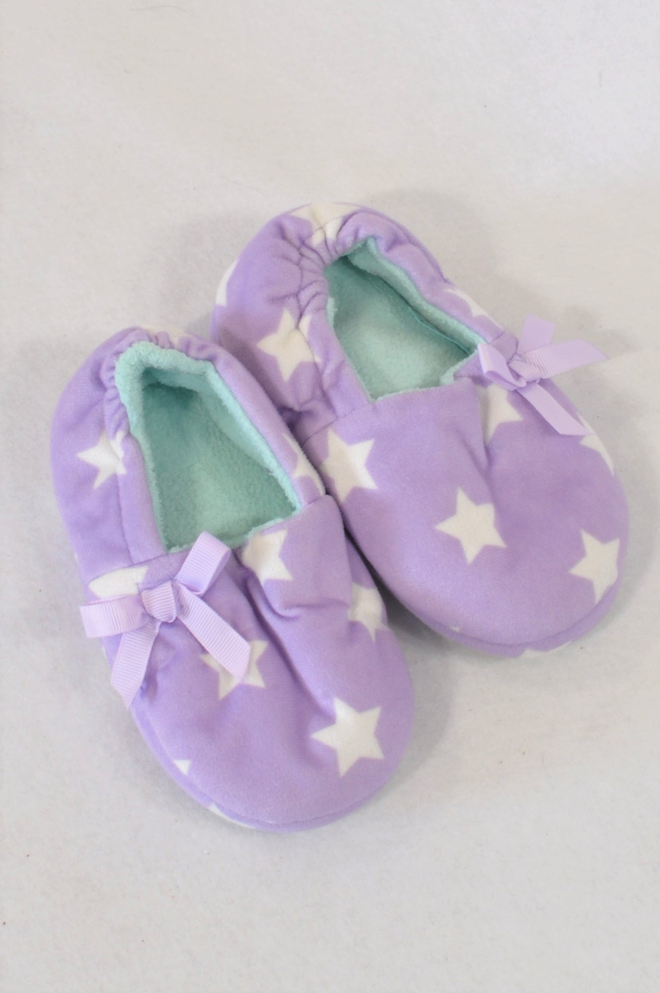 e99b32d94615c New Size 6 Purple Star Slippers Girls 18 months to 3 years