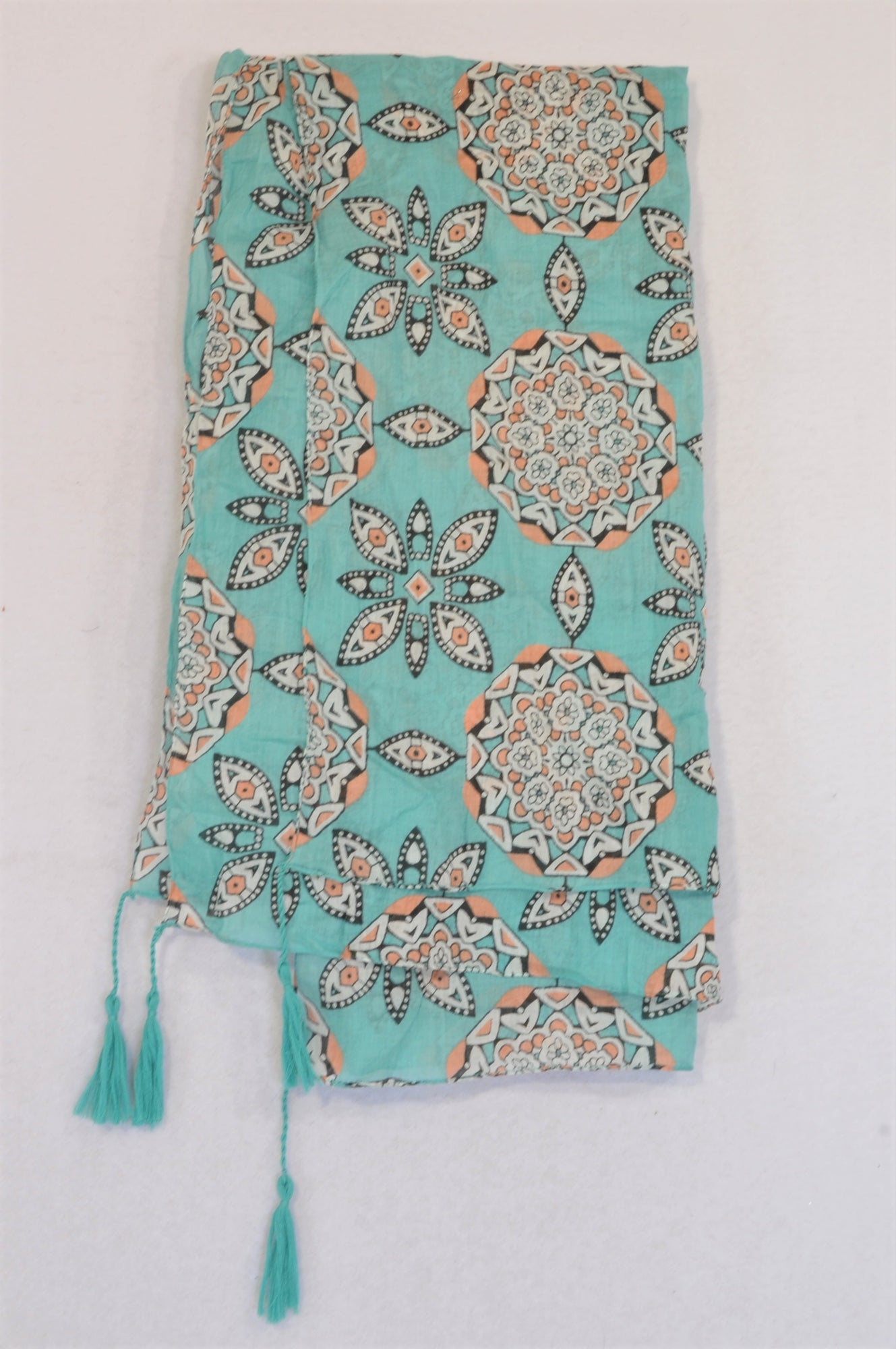 New Woolworths Aqua & Pink Pattern Lightweight Scarf Women