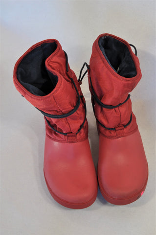 Crocs Red Snow Boots Women Size 6