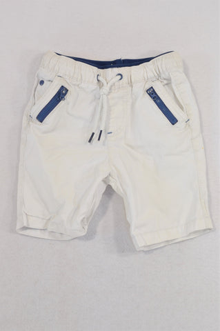 Woolworths White Navy Trim Tie Shorts Boys 3-4 years