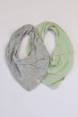 Unbranded 2 Pack Green & Grey Bibs Unisex N-B to 1 year