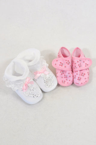 New Unbranded 2 Pack White Frill & Pink Ditsy Floral Booties Girls 0-3 months