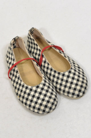 New Unbranded Size 9 Black & White Check Shoes Girls 3-4 years