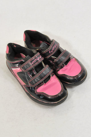 Woolworths Size 10 Pink & Black Strap Shoes Girls 4-5 years