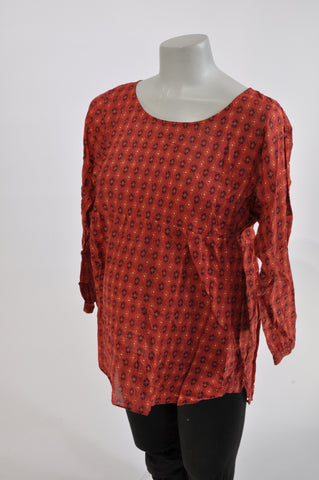Country Road Red Geometric Print Lightweight Maternity Blouse Size XL