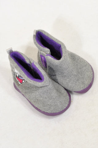 Ackermans Size 2 Grey Fleece Purple Trim Hello Kitty Boots Girls 6-9 months
