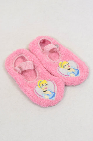 Disney SIze 9 Fleece Princess Slippers Girls 3-4 years