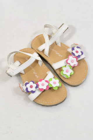 Woolworths Size 5 White Daisy Sandals Girls 18-24 months