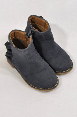 Cotton On Size 7 Navy Faux Suede Boots Girls 2-3 years