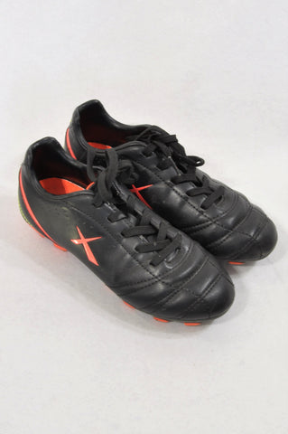 Maxed Size 13 Black & Lumo Soccer Togs Shoes Boys 6-7 years