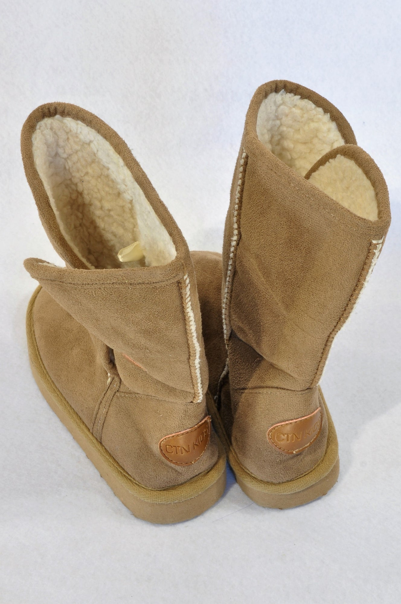 New Cotton On Size 11 Beige Button Fleece Lined Ugg Boots Girls 5-6 years