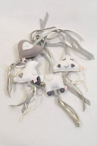 Unbranded Grey Bear & Bunny Dangling Toys Unisex N-B to 2 years