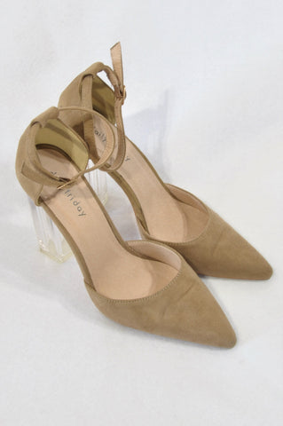 Daily Friday Beige Pointed Perspex Heel Shoes Women Size 5