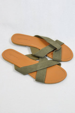 Pick 'n Pay Olive Criss Cross Sandals Women Size 6