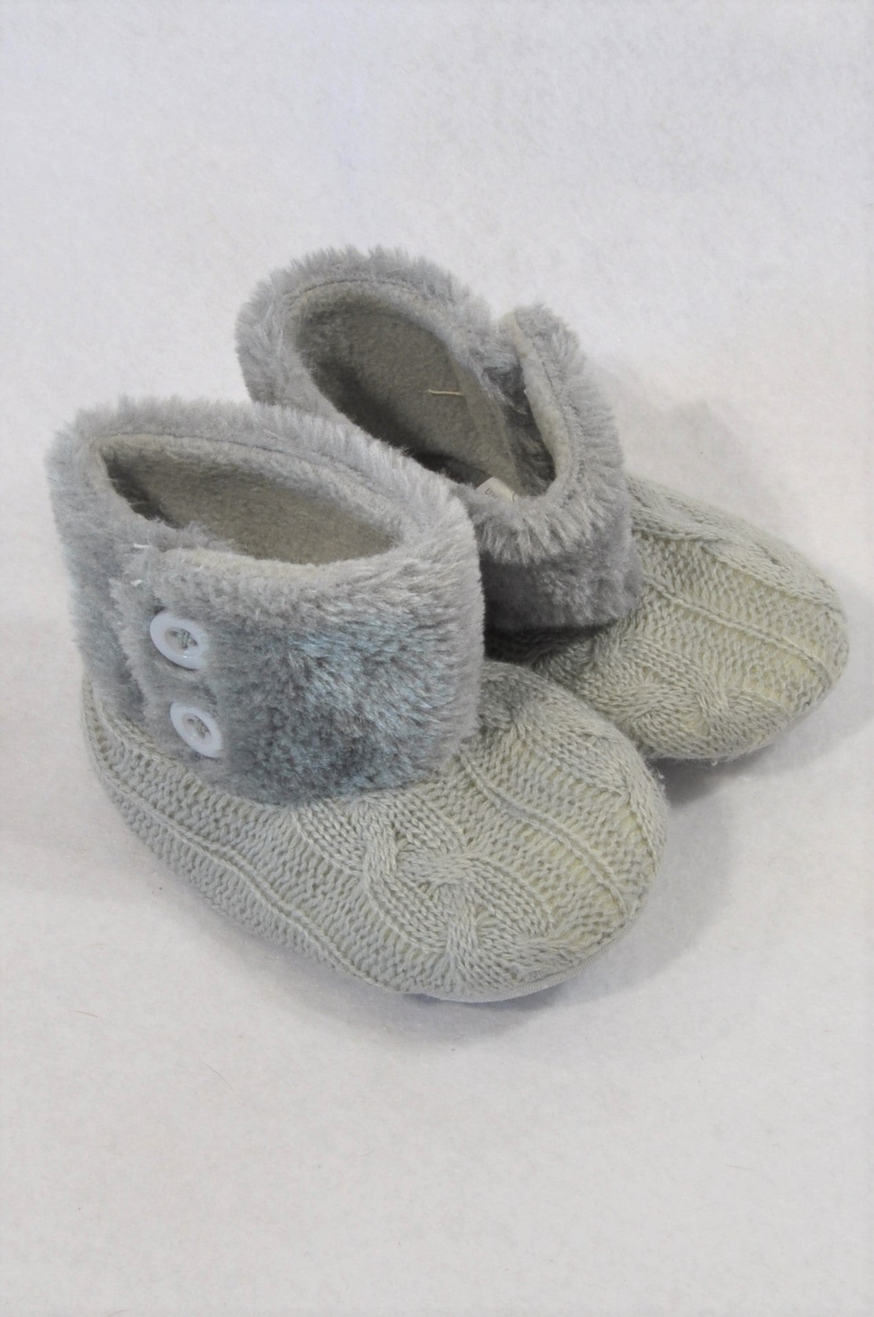 New Jolly Tots Size 3 Grey Cable Knit Fleece Trim Booties Girls 9-12 months