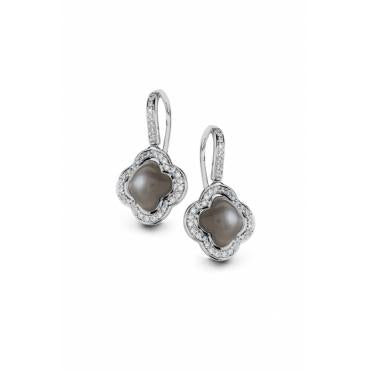 Quadrifoglio Moonstone with Diamonds set in 18k Gold Earrings