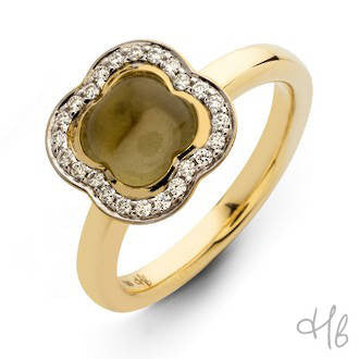 Quadrifoglio Dark Yellow Quartz Gemstone with Diamonds set in 18k Gold Ring