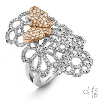 New Pop Butterfly Large Filigree 18k Gold and Diamond Ring
