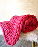 Chunky Merino Extra Large Throw in Raspberry