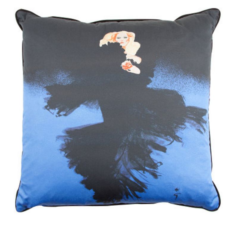 Le Defile Pillow - Fantome