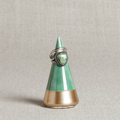 Minimalist Ring Holder - Emerald + Gold