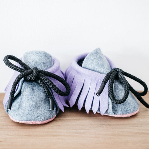 dinki human brave baby booties mocassins shoes felt handmade uk gender neutral unisex infant footwear lilac lavender purple
