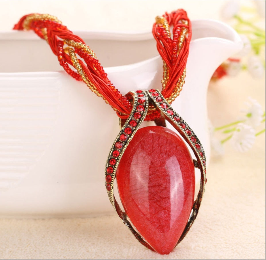 Red Bohemia Waterdrop Stone Necklace