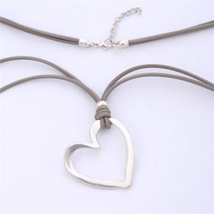 Gray Line Heart Pendant Necklace