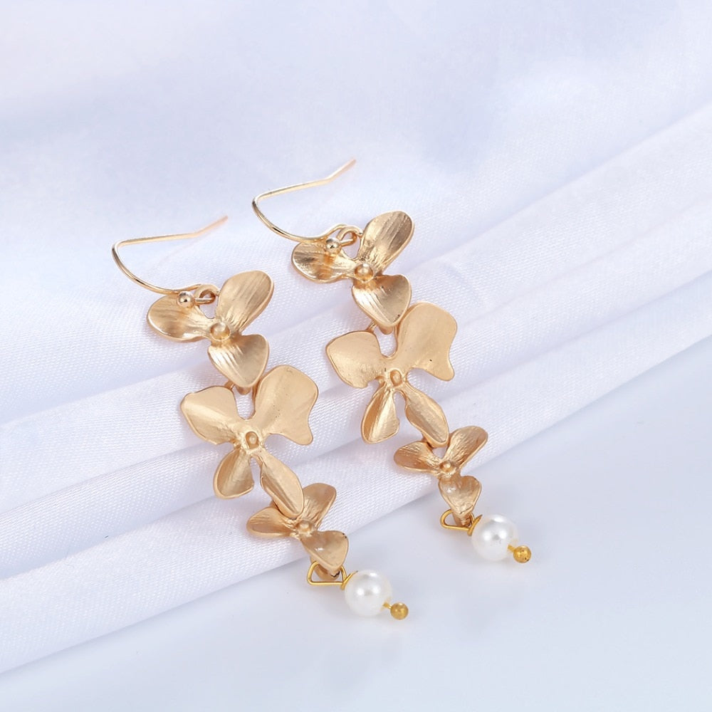 Motherhood Orchid Pearl Earring