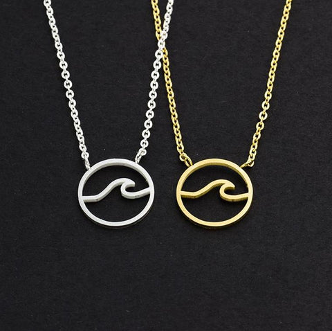 Circle Wave Surfer Necklace