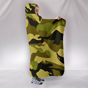 Green Camo Plush Lined Wearable Hooded Blanket