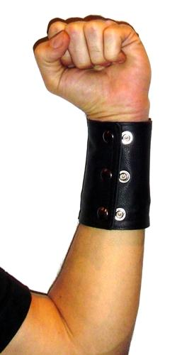 Soft Leather Gauntlets with zip pouch (2 inch)